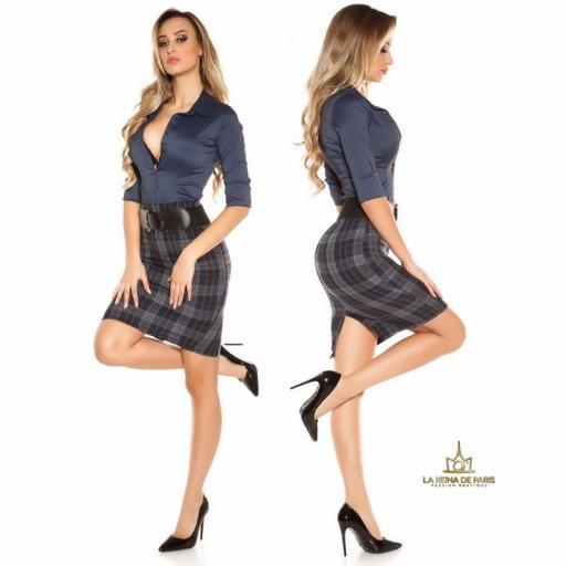 Falda de cuadros claros con cinturón   [3]