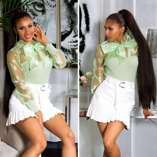 Falda de cuero plisada crema