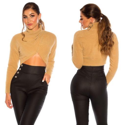 Suéter corto recortado beige