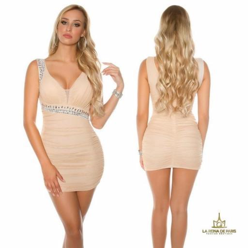 Vestido beige ajustado tejido rizado