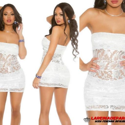 Mini vestido de encaje blanco entallado [2]