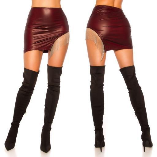 Minifalda cuero con flecos burdeos