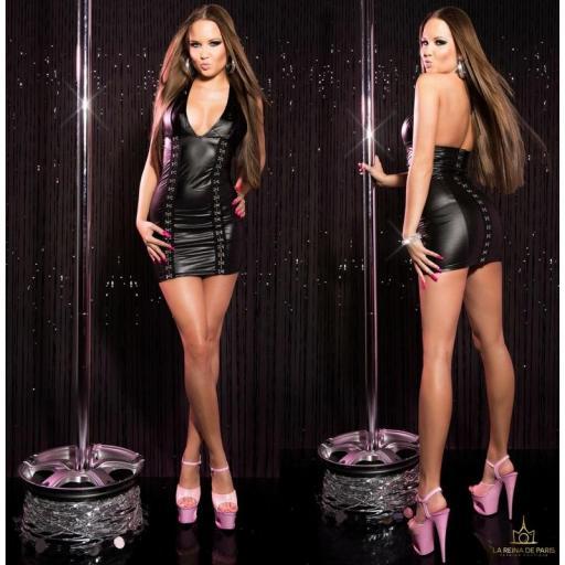 Vestido negro con cierre de gancho [1]