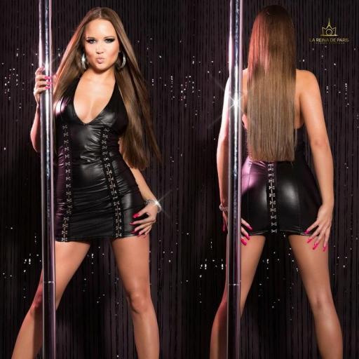 Vestido negro con cierre de gancho [3]