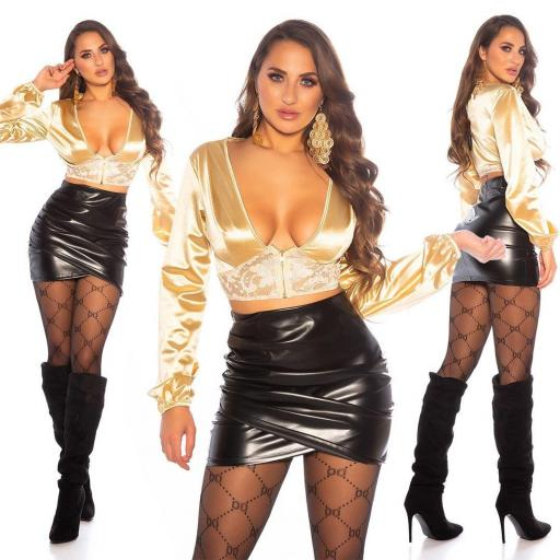 Blusa satinada oro brillante con encaje
