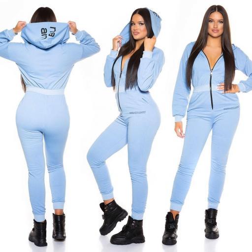 Mono deportivo con capucha azul  [3]