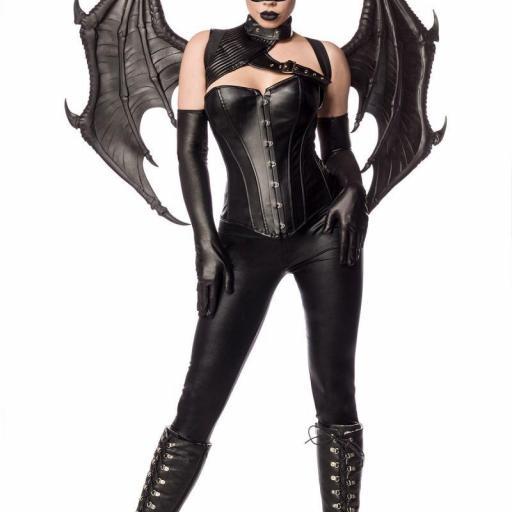 Bat woman guerrera sexy