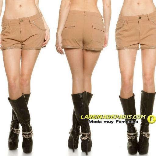 Pantalón femenino corto de moda [1]