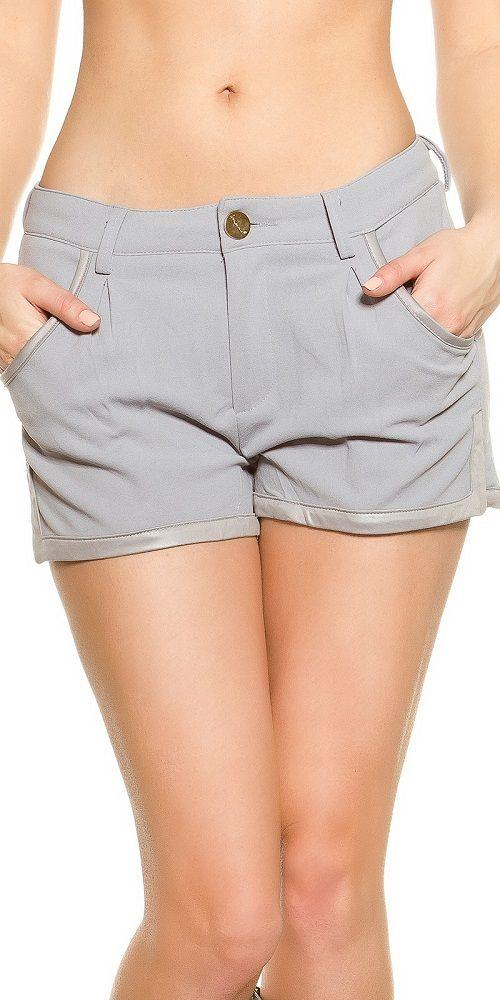 Pantalón corto cómodo y elegante