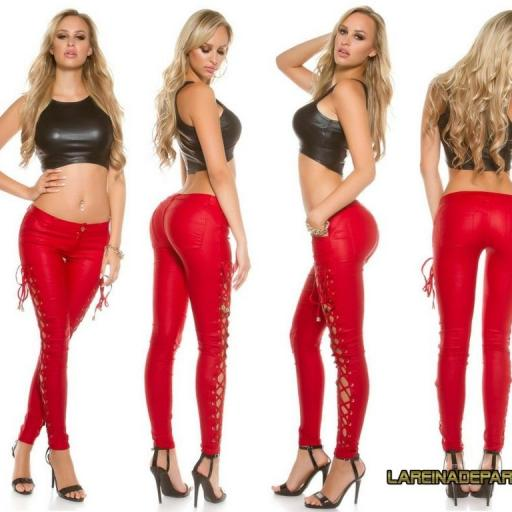 Pantalón ajustado rojo con cordones  [2]