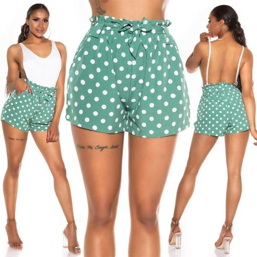 Pantalón corto de lunares verde