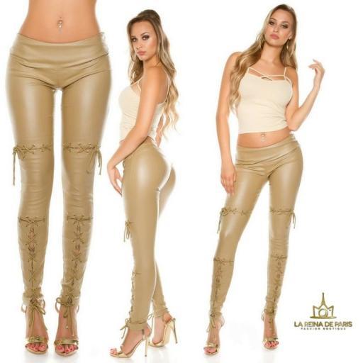 Pantalones efecto cuero con lazos beige [1]