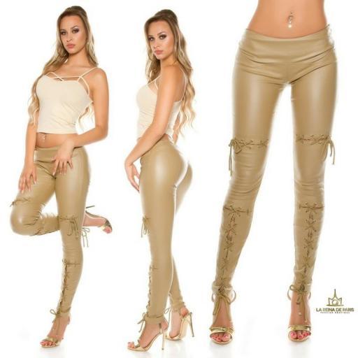 Pantalones efecto cuero con lazos beige [3]