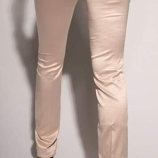 Pantalones beige ajustados oferta [1]