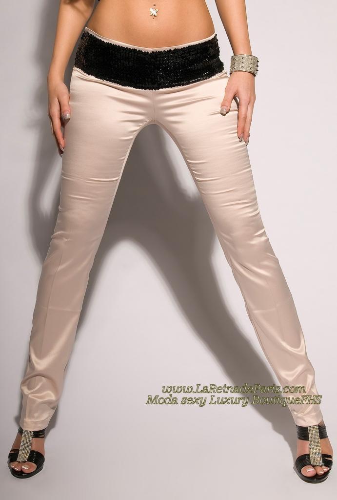 Pantalones beige ajustados oferta