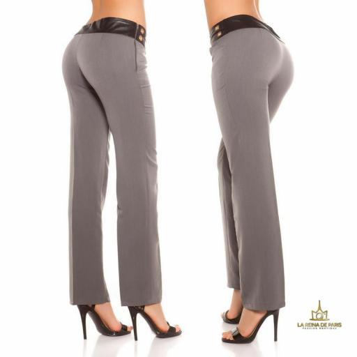 Pantalones rectos grises con cuero [2]