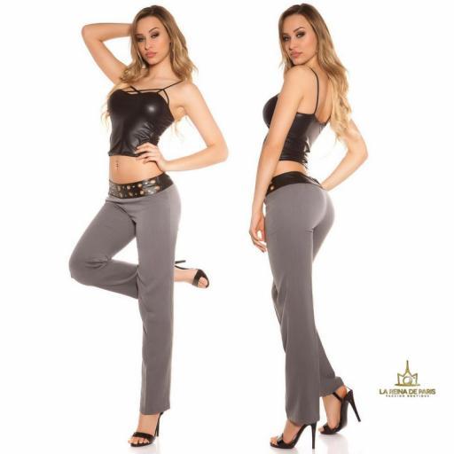 Pantalones rectos grises con cuero [3]