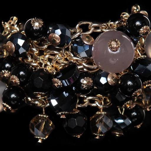 Pulsera de perlas negro