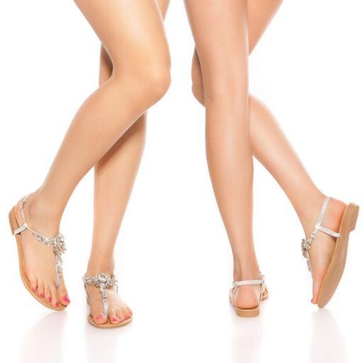 Sandalias con pedrería plata