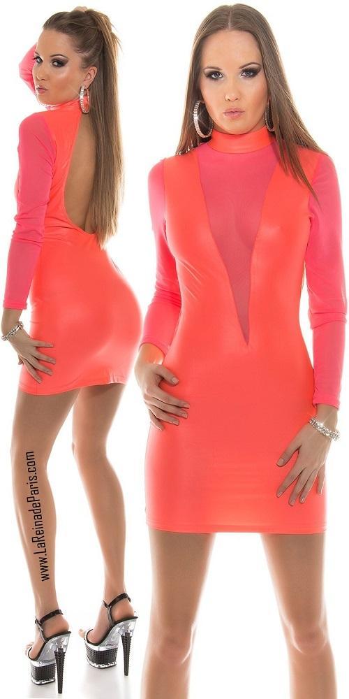 Vestidos que explota la feminidad