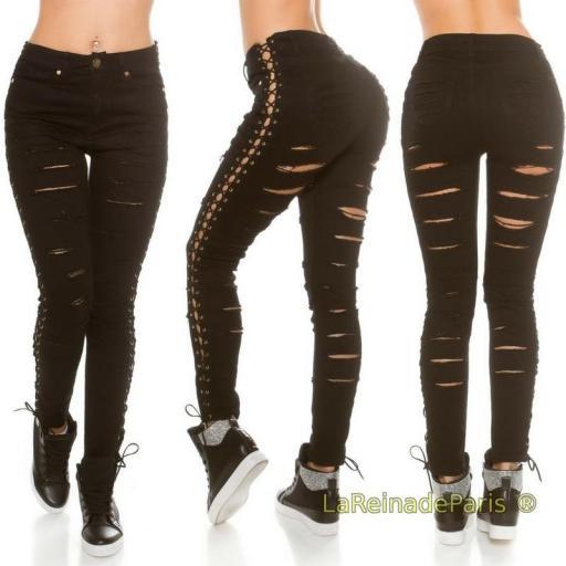 Jeans negros con rotos y cordones [0]