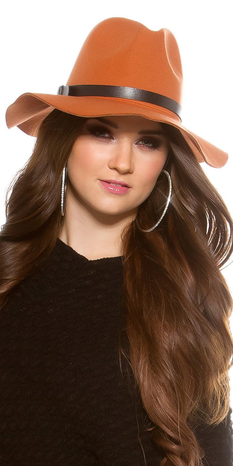 Sombrero boho de fieltro color ocre