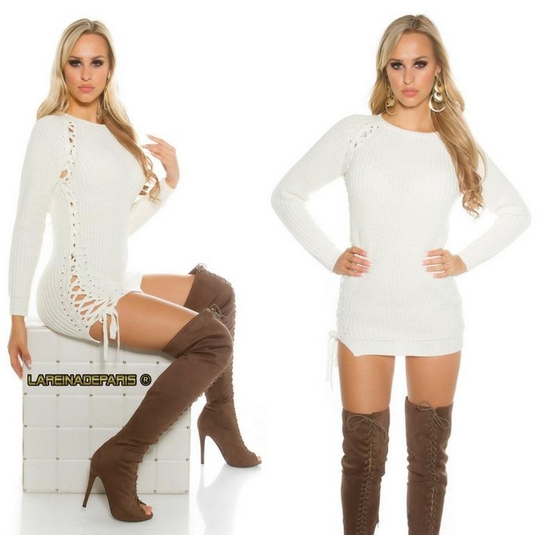 Suéter crema con lazos laterales
