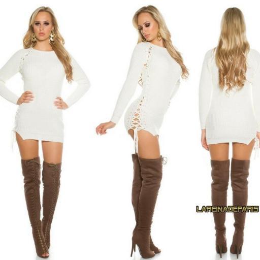 Suéter crema con lazos laterales  [1]