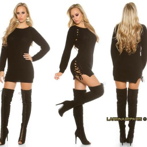 Suéter negro con lazos laterales  [2]