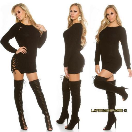 Suéter negro con lazos laterales  [3]