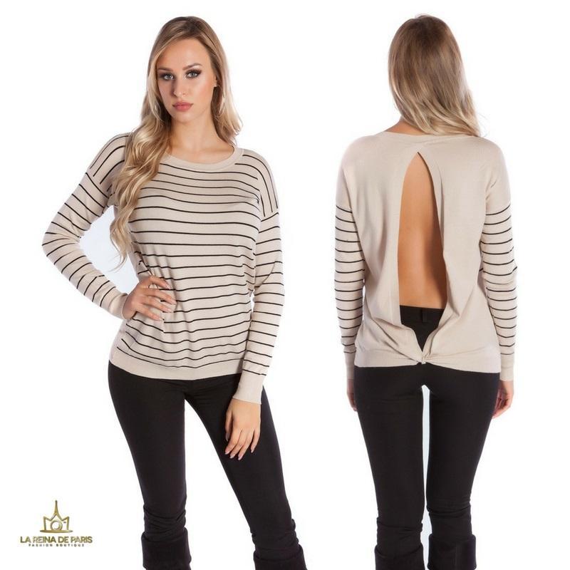 Suéter beige escotado por detrás