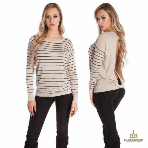 Suéter beige escotado por detrás [1]