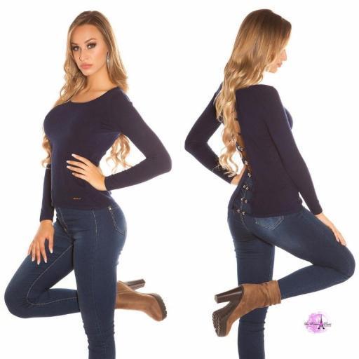 Suéter minimalista azul [2]