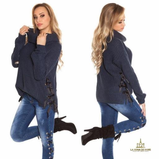 Suéter azul oversize con cintas [2]