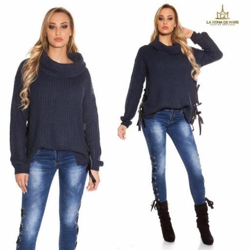 Suéter azul oversize con cintas [3]