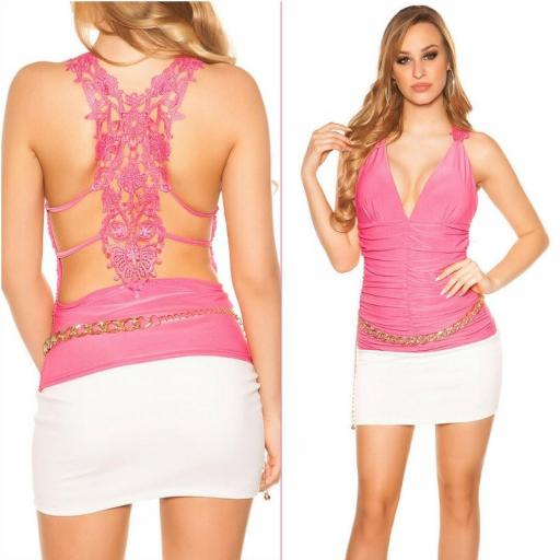 Top fucsia bordado escote en pico