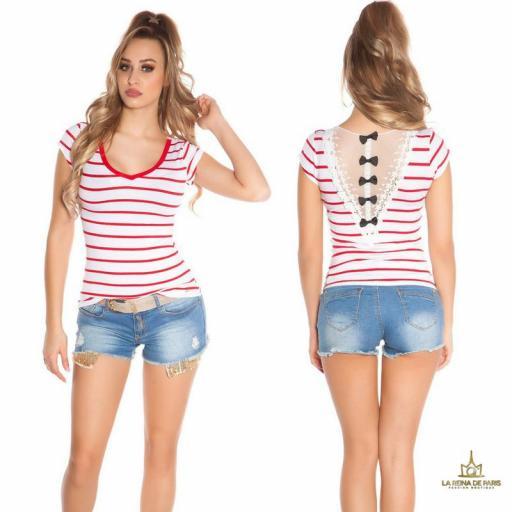 Camiseta roja a rayas encaje y lazos