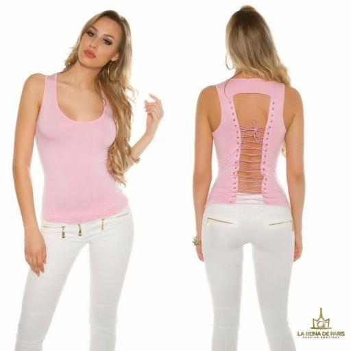 Top rosa con lazada en la espalda