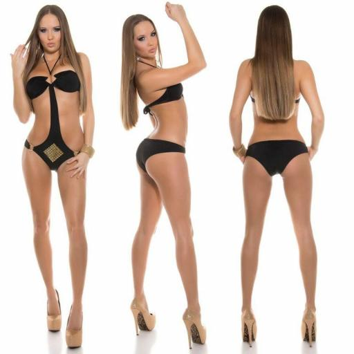 Oferta trikini negro con tachuelas