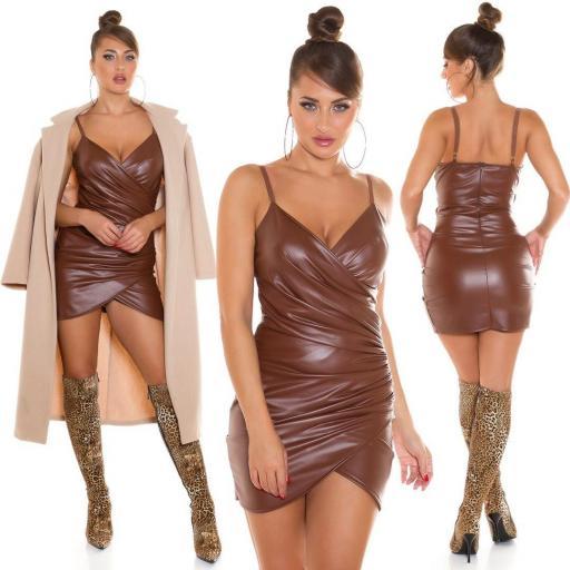 Vestido ajustado de piel sintética