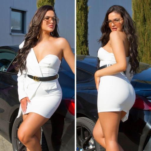 Vestido blanco ajustado bello