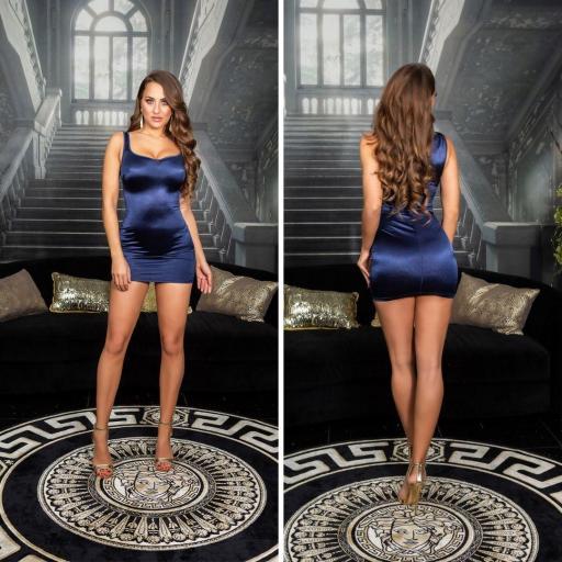 Vestido azul satinado ajustado al cuerpo