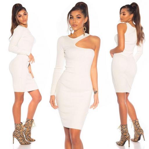 Vestido blanco ajustado hombro estilo