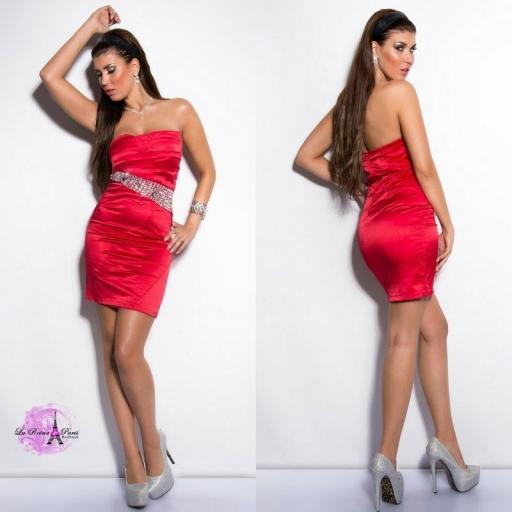 Vestido rojo de cóctel entallado [3]