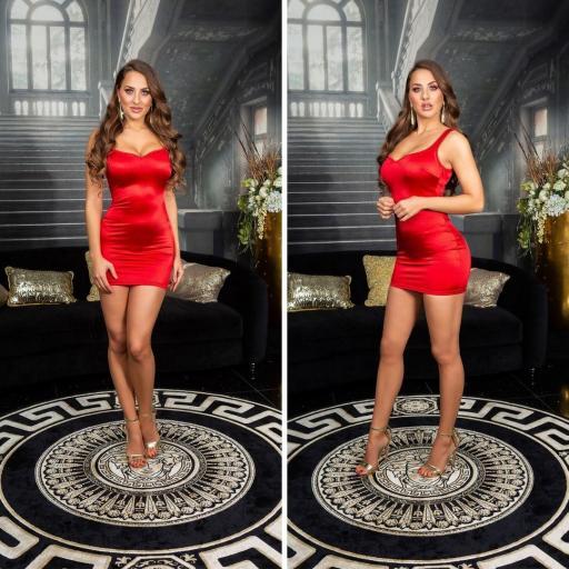 Vestido rojo satinado ajustado al cuerpo