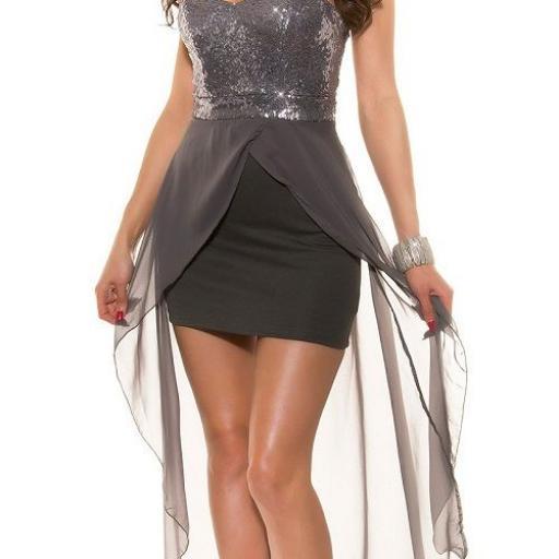 Vestido elegante de fiesta con cola [1]