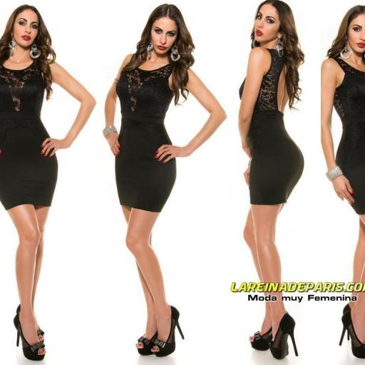 Vestido negro de encaje muy favorecedor [1]