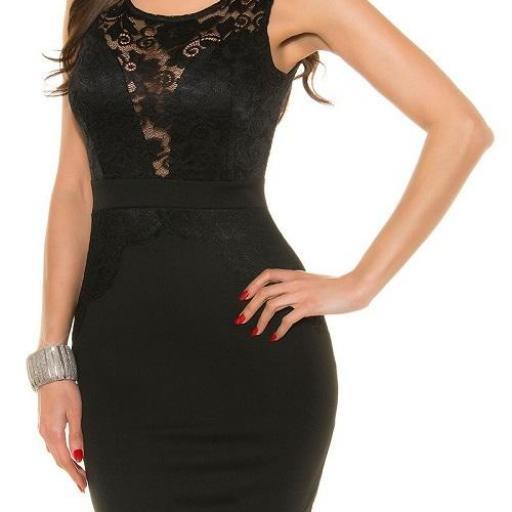 Vestido negro de encaje muy favorecedor [2]