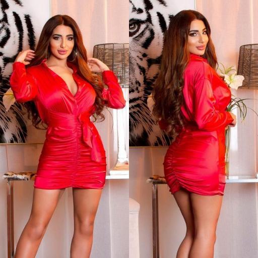 Vestido satinado sexy arrunchado rojo