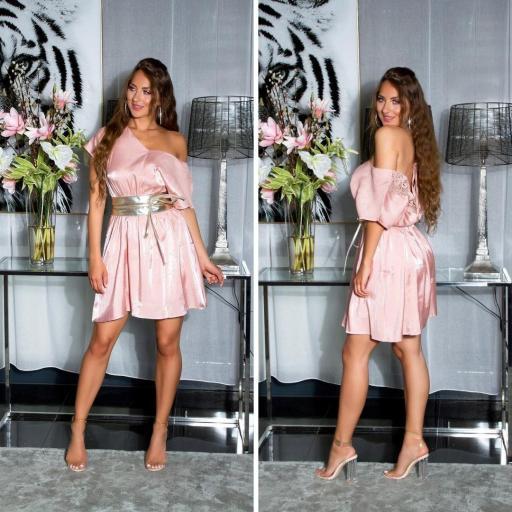 Vestido corto de satén y encaje rosa [1]